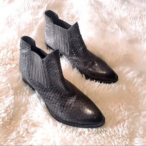 KBR Leather Python Embossed Textured Chelsea Boot